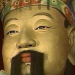 孔明の銅像