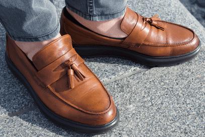 秋の靴はローファーがオススメ