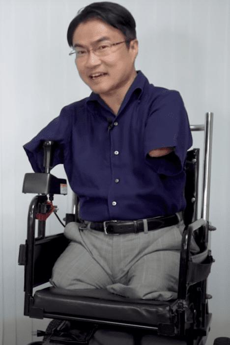 乙武洋匡の車椅子